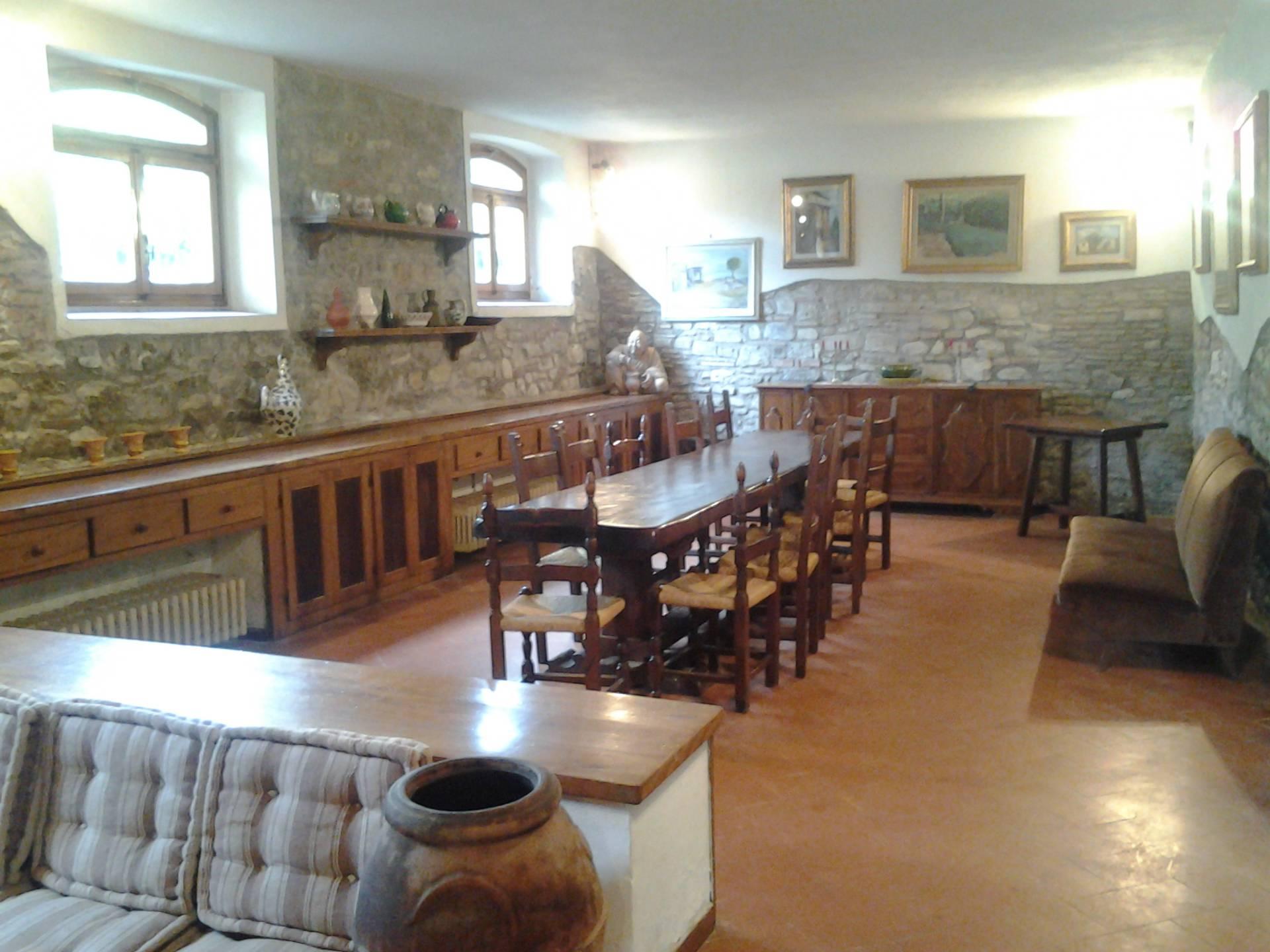 Rustico / Casale in vendita a Vaiano, 18 locali, zona Zona: Sofignano, prezzo € 1.400.000 | Cambio Casa.it