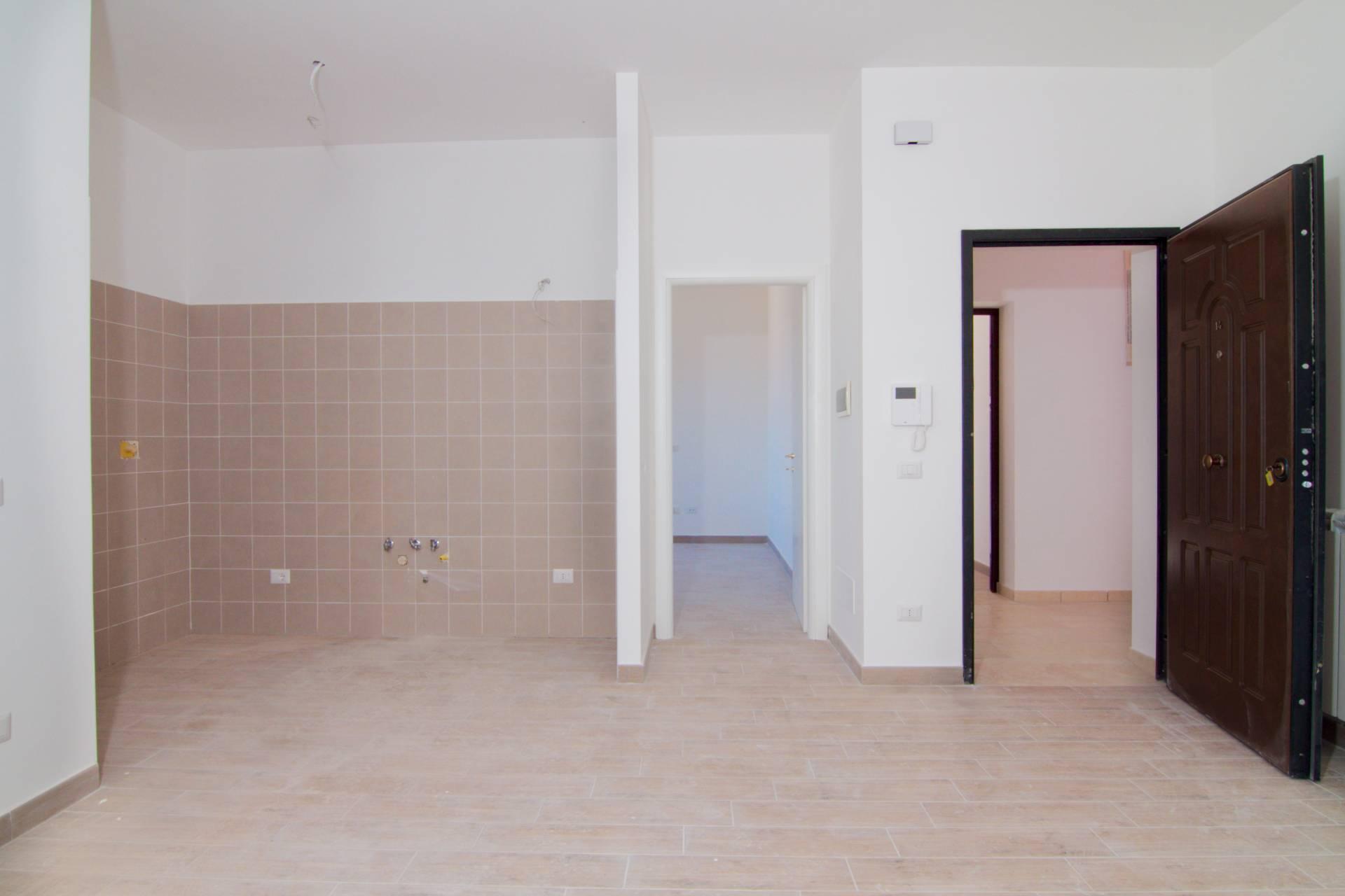 Appartamento in vendita a Colleferro, 3 locali, prezzo € 100.000 | CambioCasa.it