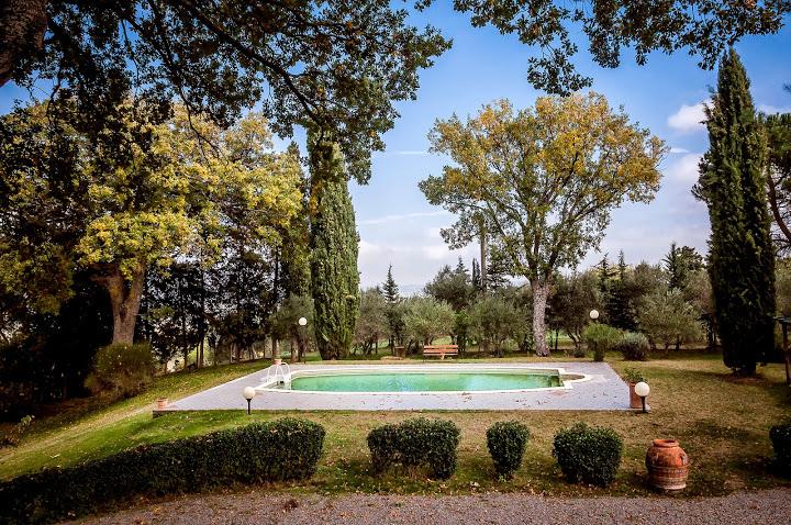 Villa in vendita a Sarteano, 14 locali, prezzo € 1.480.000 | Cambio Casa.it