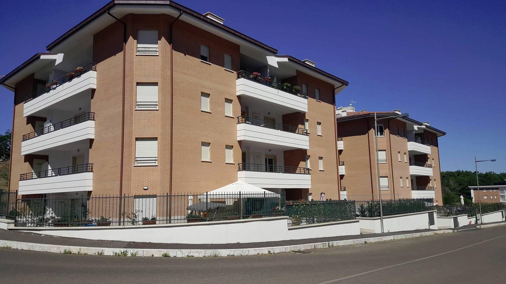 Appartamento in vendita a Viterbo, 3 locali, zona Località: LaQuercia, prezzo € 140.000 | CambioCasa.it