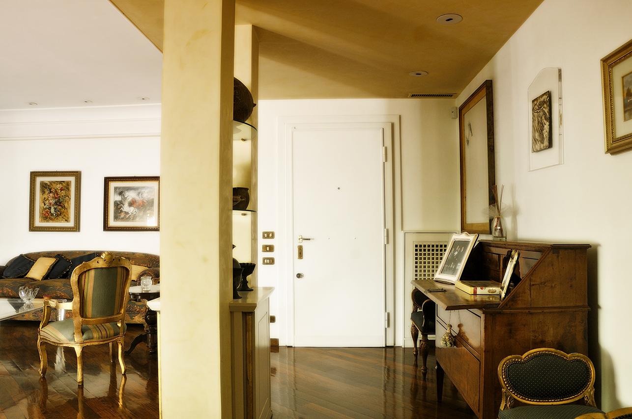Cbi070 524 appartamento in vendita a roma cassia for 3 piani di garage per auto con stanza bonus