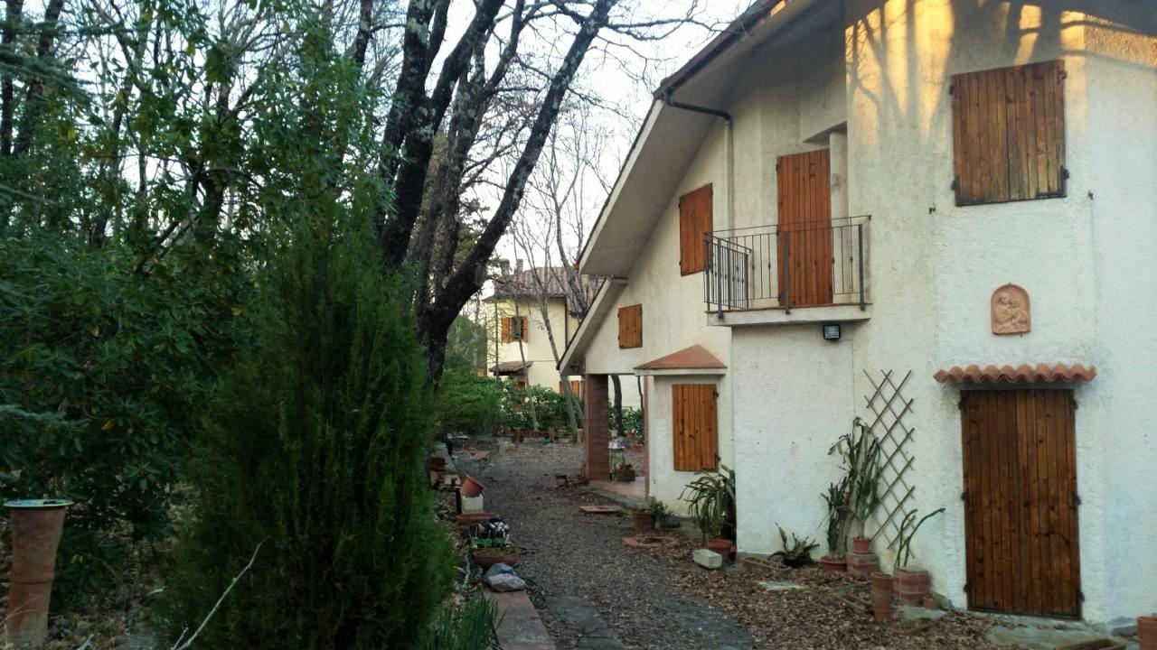 Villa in vendita a Tavarnelle Val di Pesa, 10 locali, zona Località: SanDonatoinPoggio, prezzo € 430.000 | Cambio Casa.it
