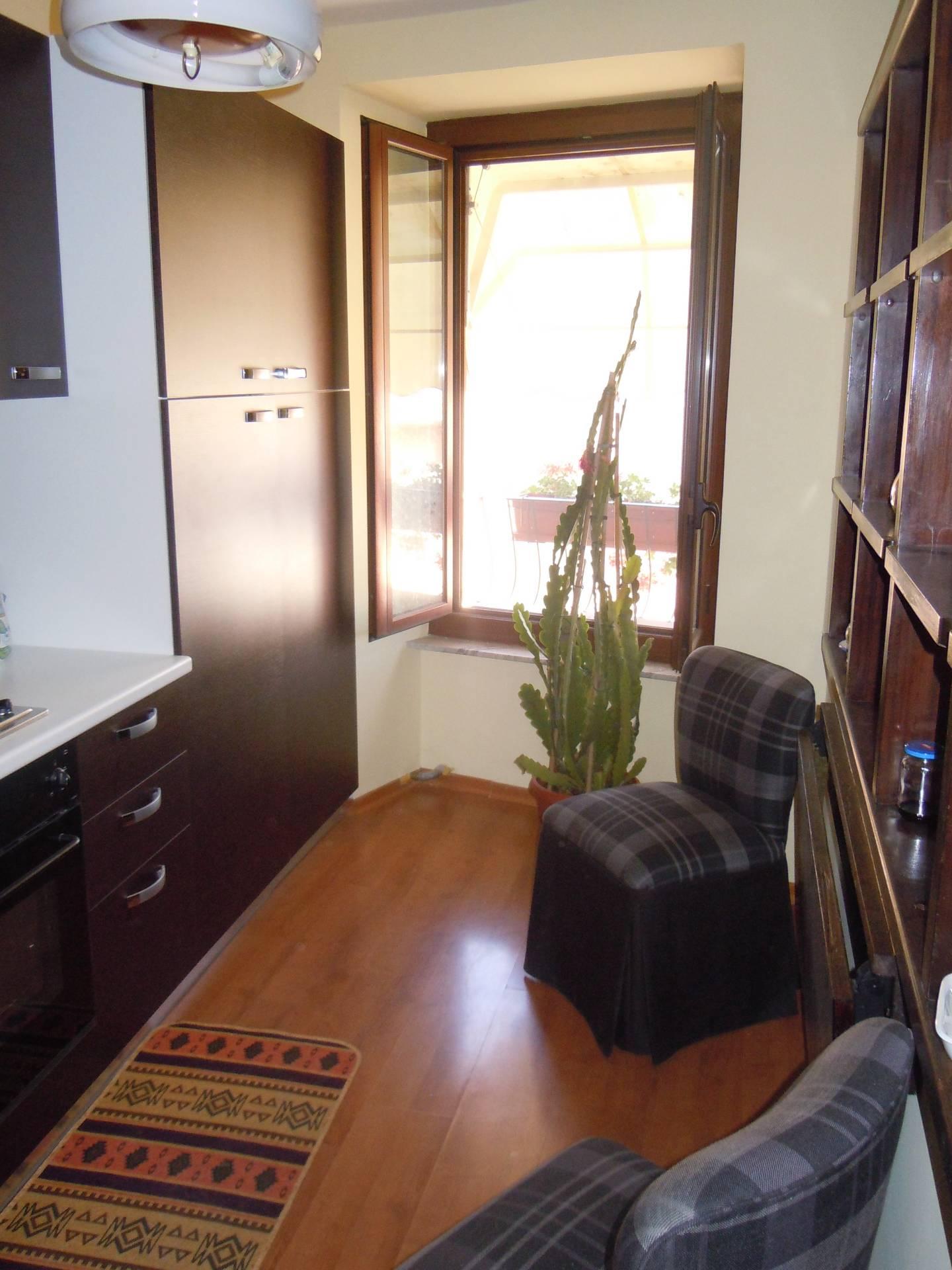 Bilocale Viterbo Via San Pellegrino 4