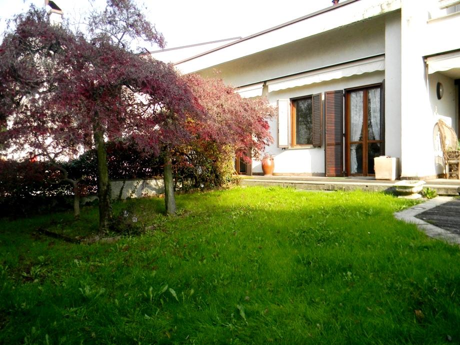 Villa in vendita a San Vittore Olona, 6 locali, prezzo € 330.000 | Cambio Casa.it