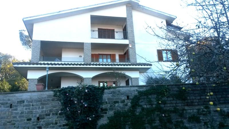 Appartamento in Vendita a Soriano nel Cimino