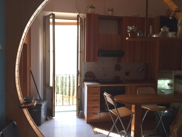 Appartamento in vendita a Gaeta, 2 locali, zona Località: Centrostorico, prezzo € 130.000 | Cambio Casa.it