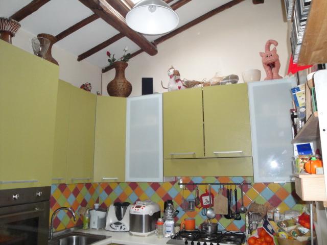 Appartamento in vendita a Montefiascone, 3 locali, zona Zona: Zepponami, prezzo € 43.000 | Cambio Casa.it