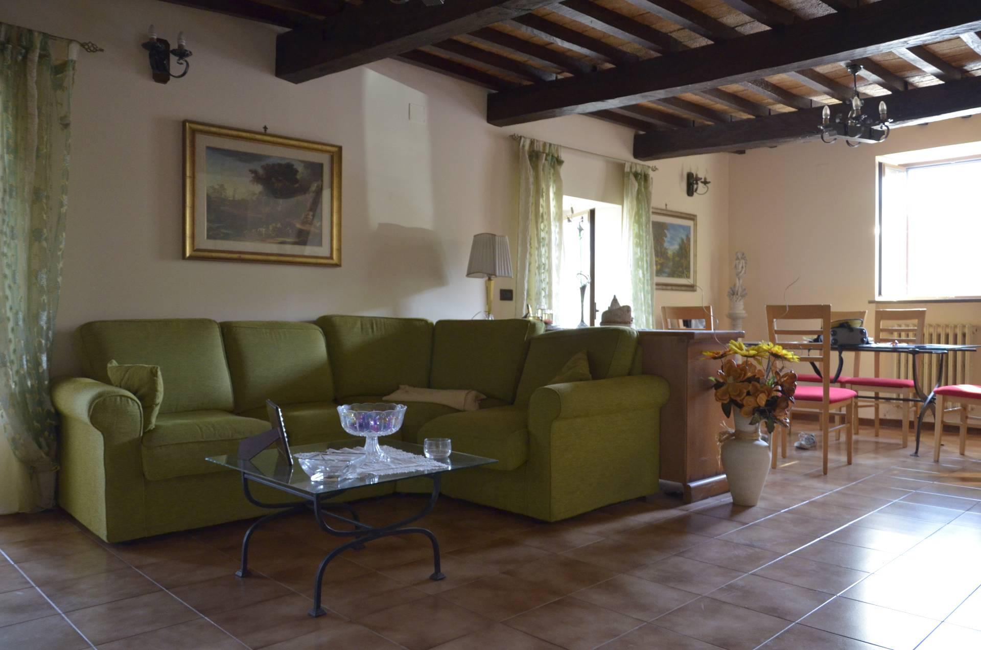 Soluzione Indipendente in vendita a Castel Giorgio, 7 locali, prezzo € 120.000 | Cambio Casa.it