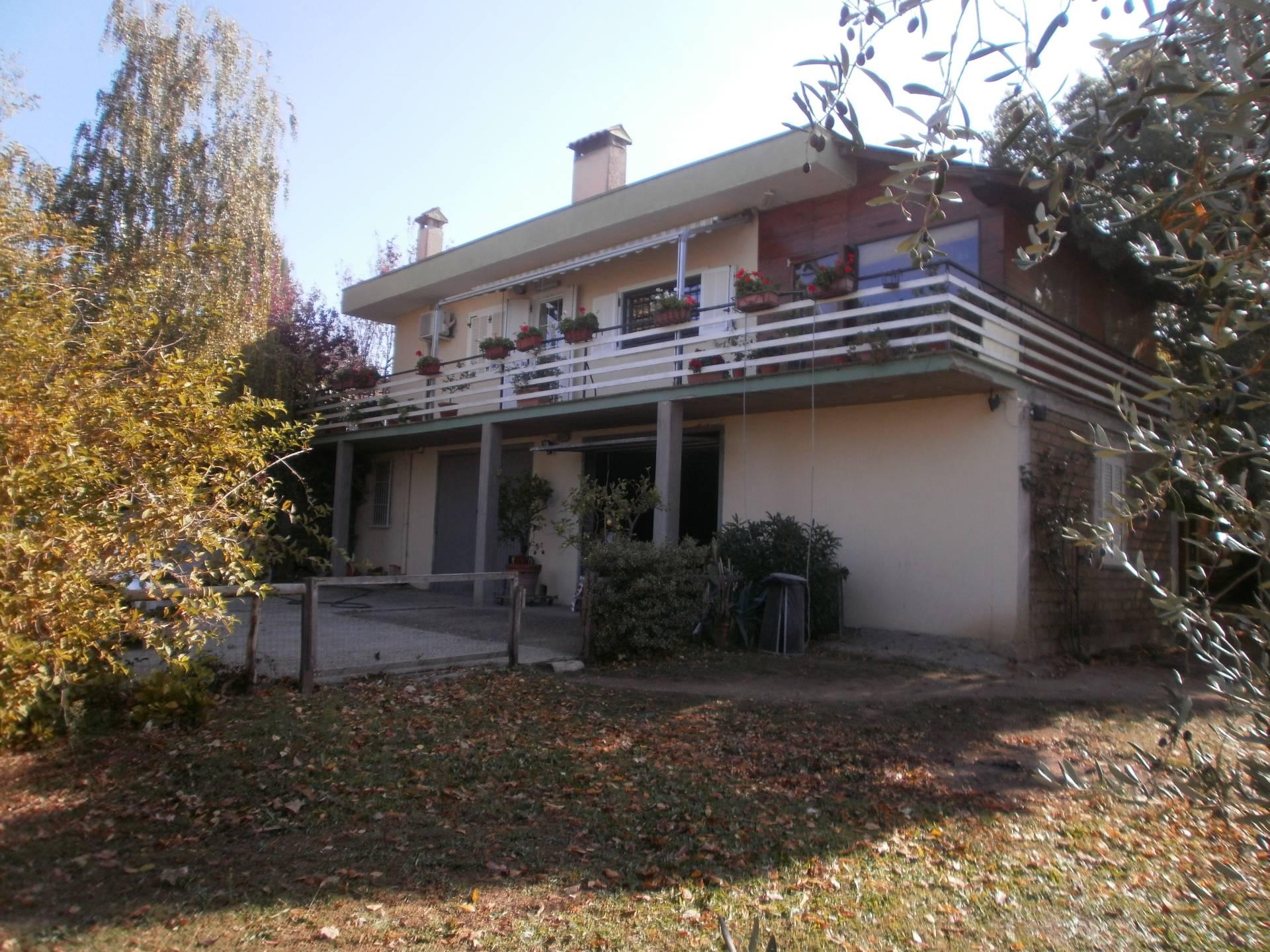 Villa in vendita a Viterbo, 6 locali, zona Zona: Bagnaia, prezzo € 499.000 | Cambio Casa.it