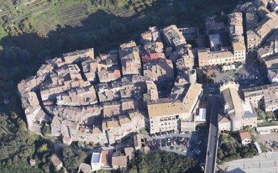 Bilocale Viterbo Via Degli Orti 1