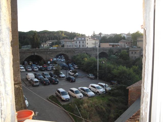 Bilocale Viterbo Via Malatesta 6