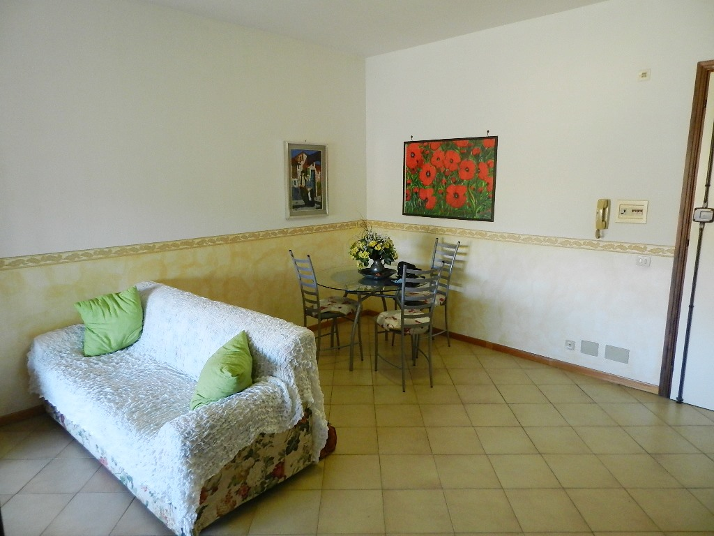 Bilocale Santa Marinella Via Etruria 1