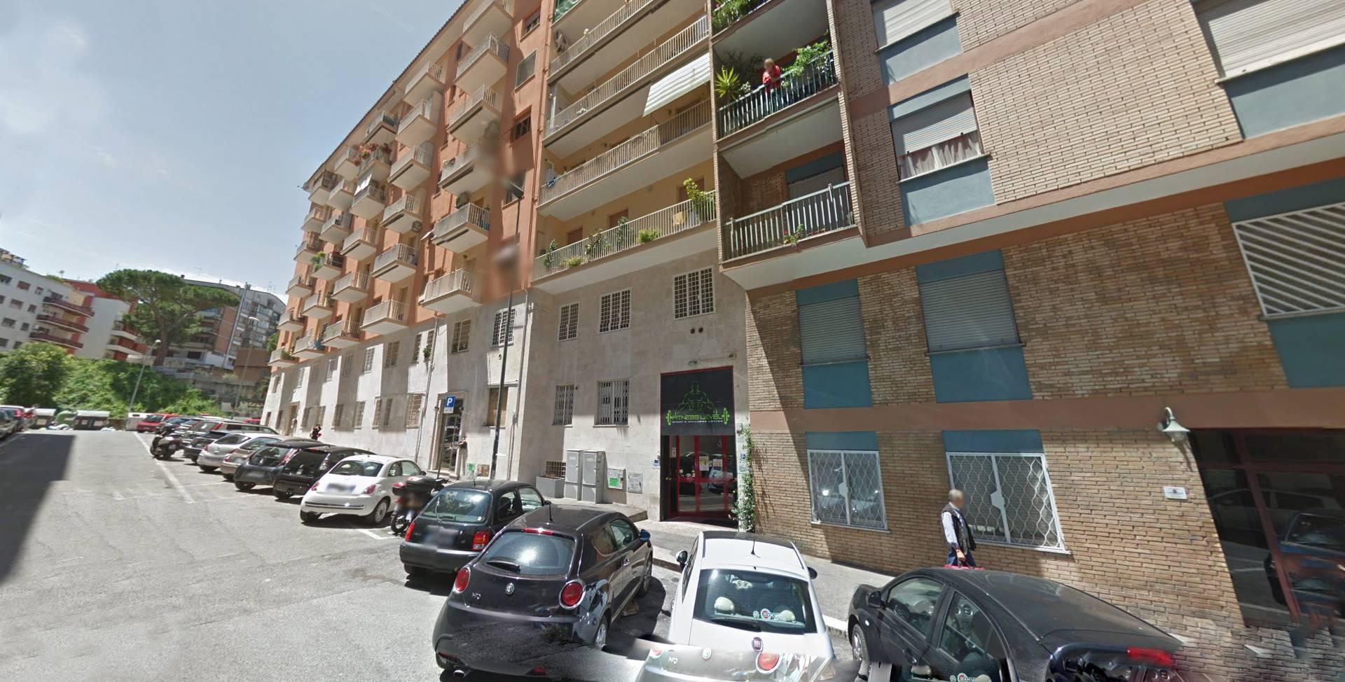 Cbi072 ex649 locale commerciale in vendita a roma for Immobili c1 roma