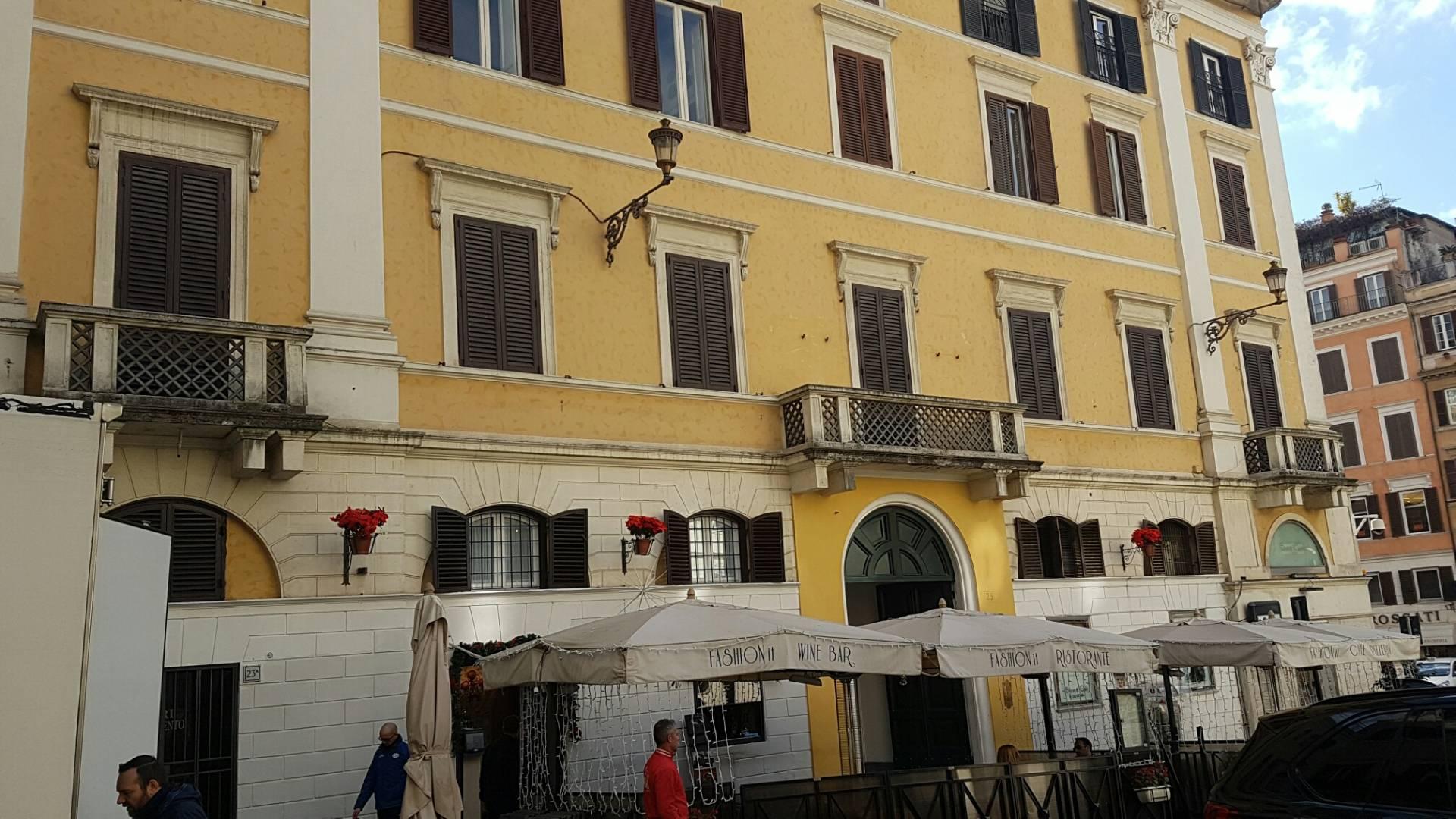 Cbi075 v165 appartamento in affitto a roma centro for Locali commerciali roma centro affitto