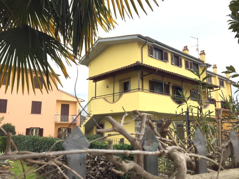 Appartamento in Vendita a Vitorchiano