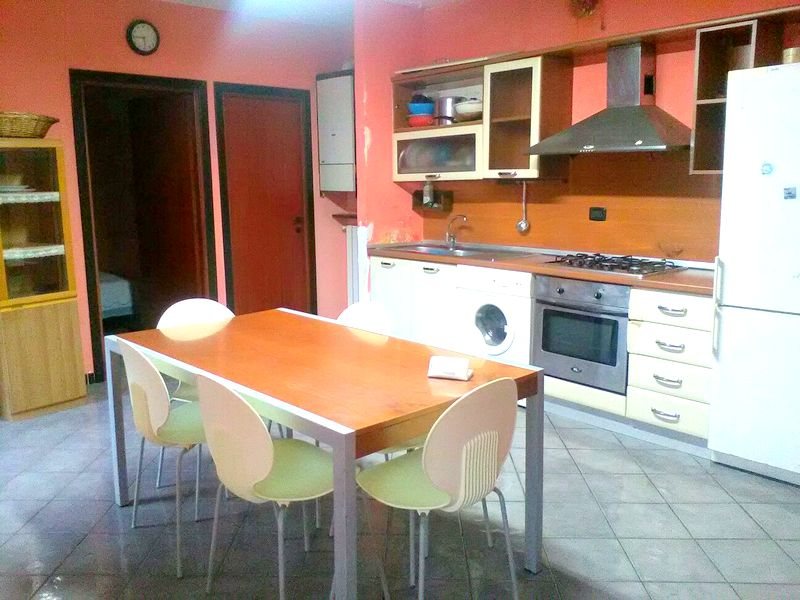 Appartamento in vendita a Soriano nel Cimino, 3 locali, prezzo € 30.000 | Cambio Casa.it