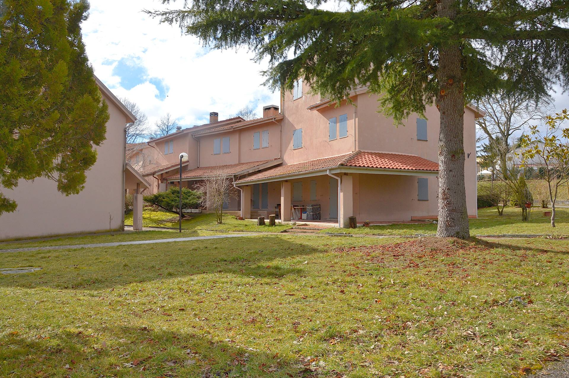 Altro in vendita a Sellano, 4 locali, prezzo € 68.000 | Cambio Casa.it