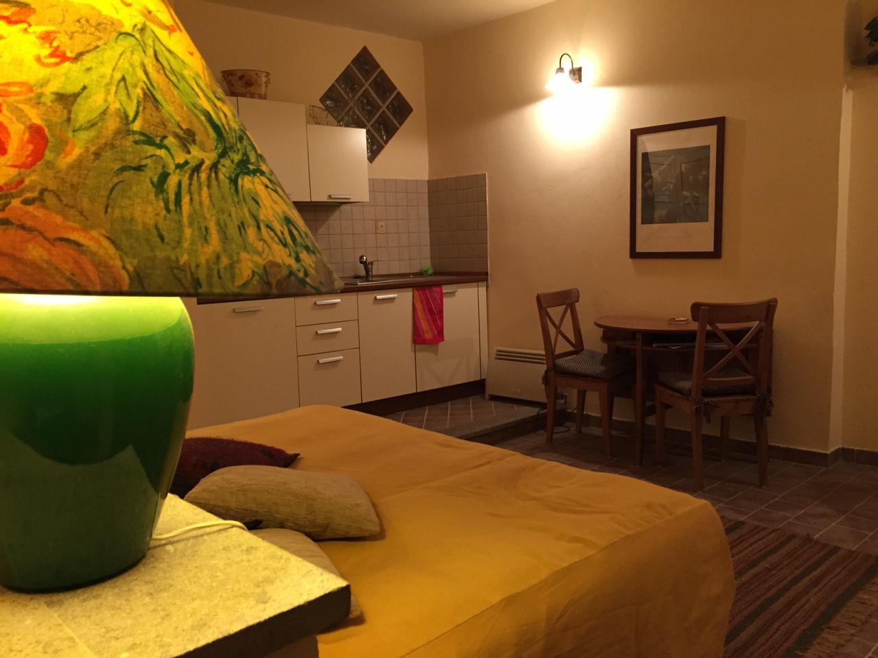 Appartamento in affitto a Viterbo, 1 locali, zona Zona: Centro, prezzo € 350 | Cambio Casa.it