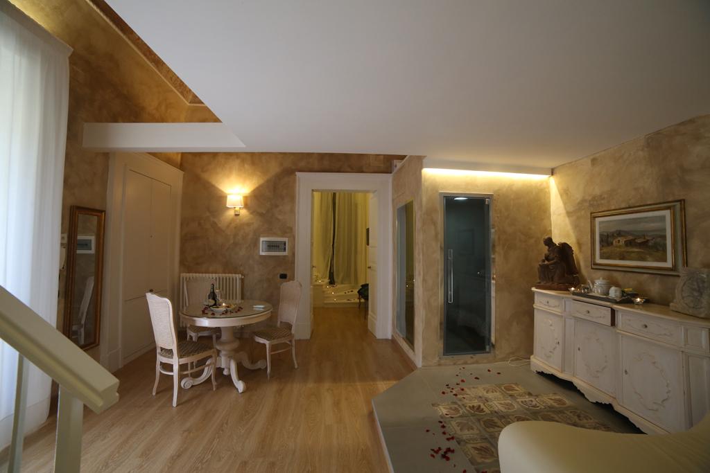 Appartamento, 300 Mq, Vendita - Lecce (Lecce)