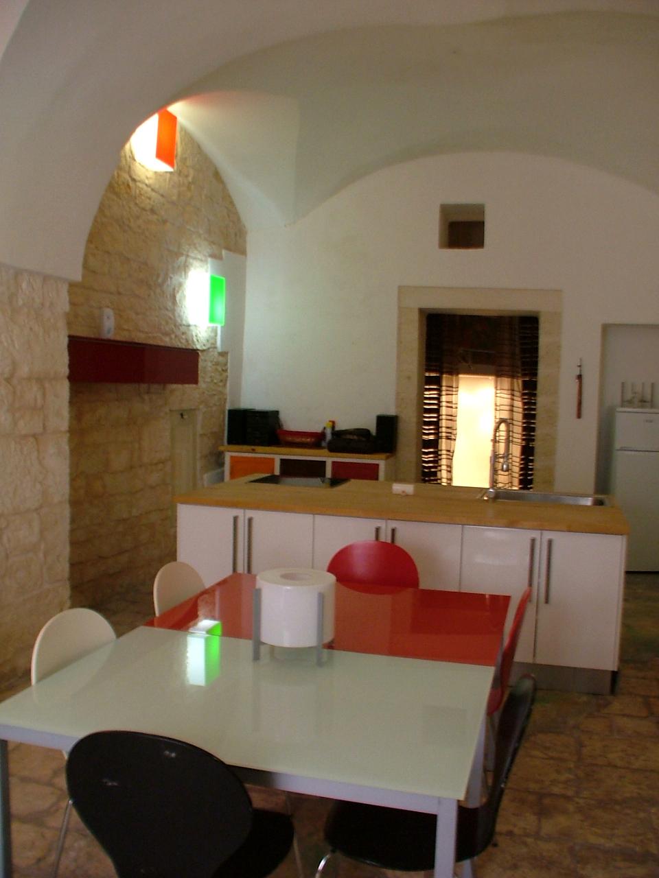 Soluzione Indipendente in vendita a Ostuni, 3 locali, prezzo € 120.000 | Cambio Casa.it