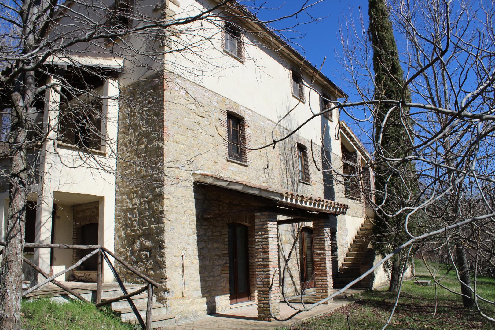 CBI060-372-30200 - Rustico / Casale / Corte in Vendita a Gualdo ...