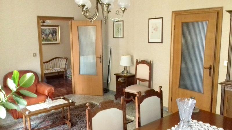 Appartamento in vendita a Montefiascone, 5 locali, prezzo € 140.000 | Cambio Casa.it