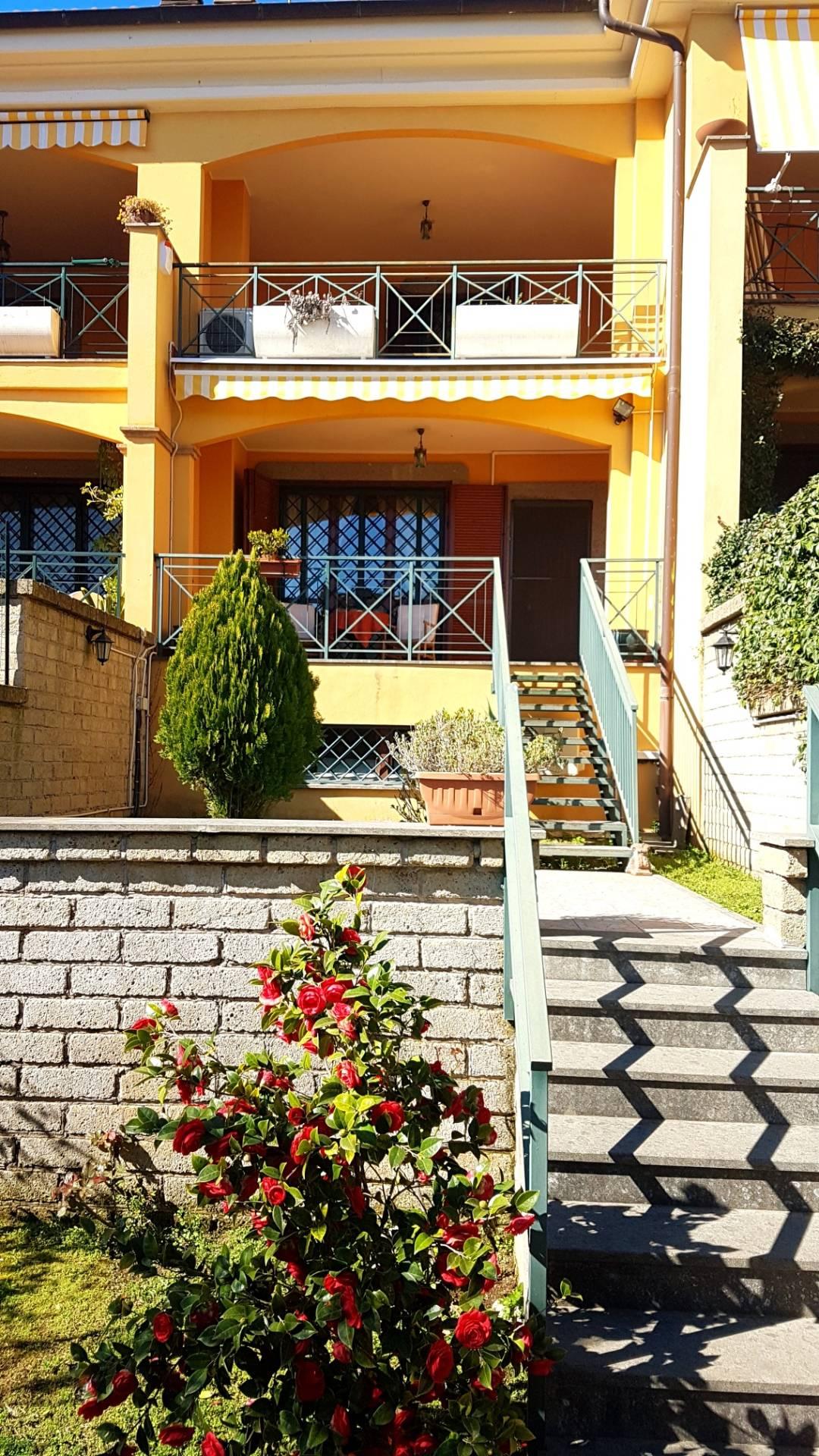 Cbi075 51346 villa a schiera in vendita a roma olgiata - Altezza alberi giardino privato condominio ...