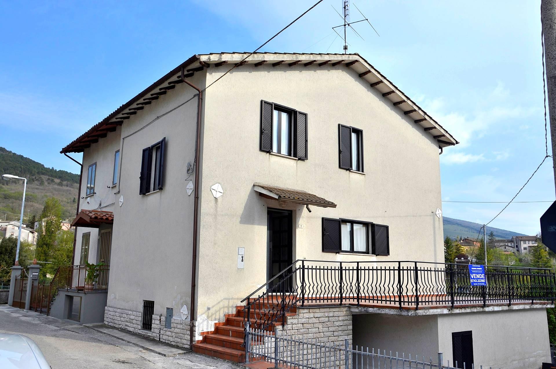 Altro in vendita a Fossato di Vico, 4 locali, zona Zona: Purello, prezzo € 89.000 | Cambio Casa.it