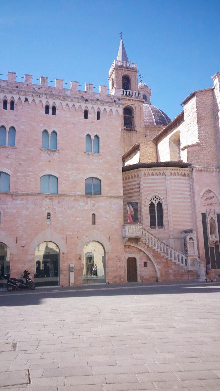 Appartamento in vendita a Foligno, 2 locali, prezzo € 42.000 | CambioCasa.it