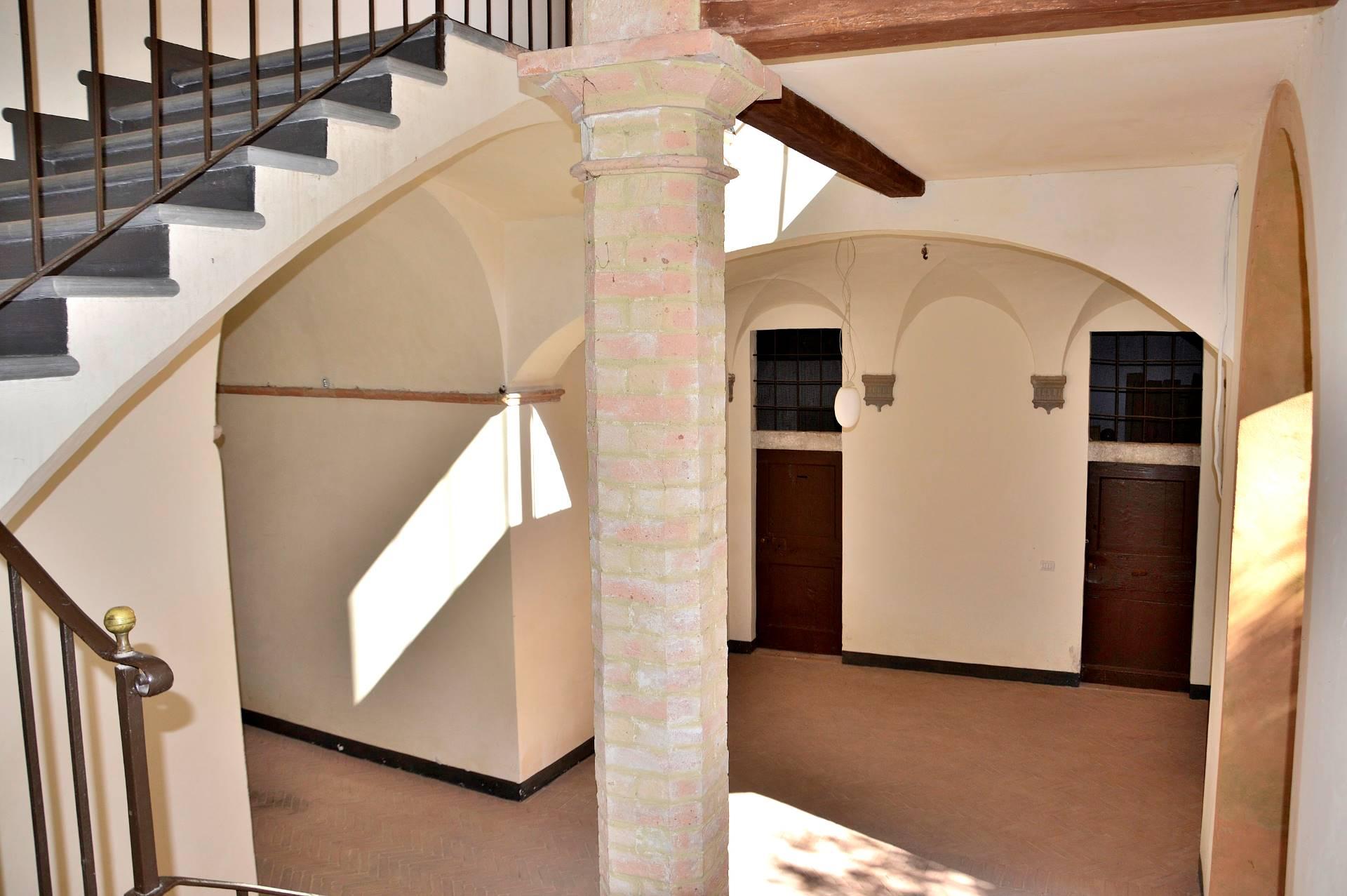 Appartamento in vendita a Foligno, 4 locali, prezzo € 88.000 | CambioCasa.it