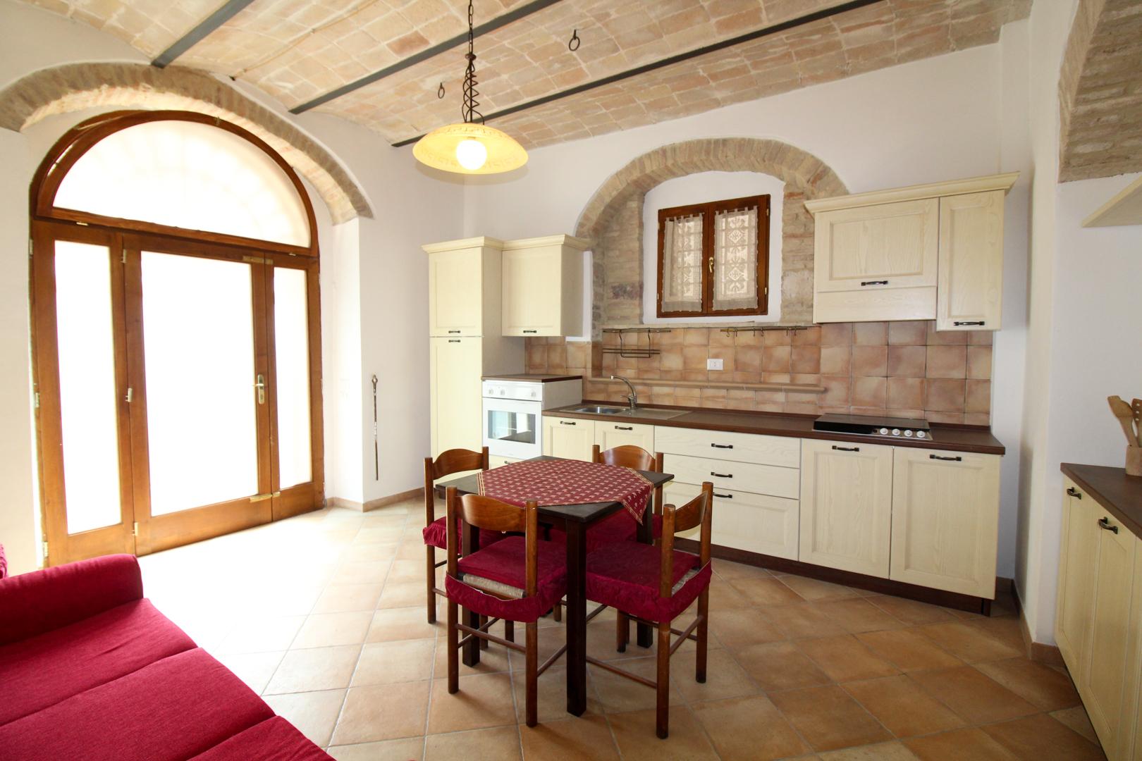 vendita appartamento assisi assisi centro  190000 euro  3 locali  85 mq