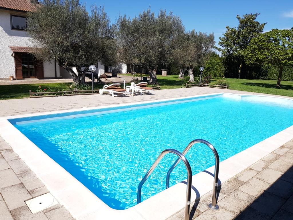 Villa in vendita a Viterbo, 10 locali, zona Località: S.aBarbara-Capretta, prezzo € 389.000   Cambio Casa.it
