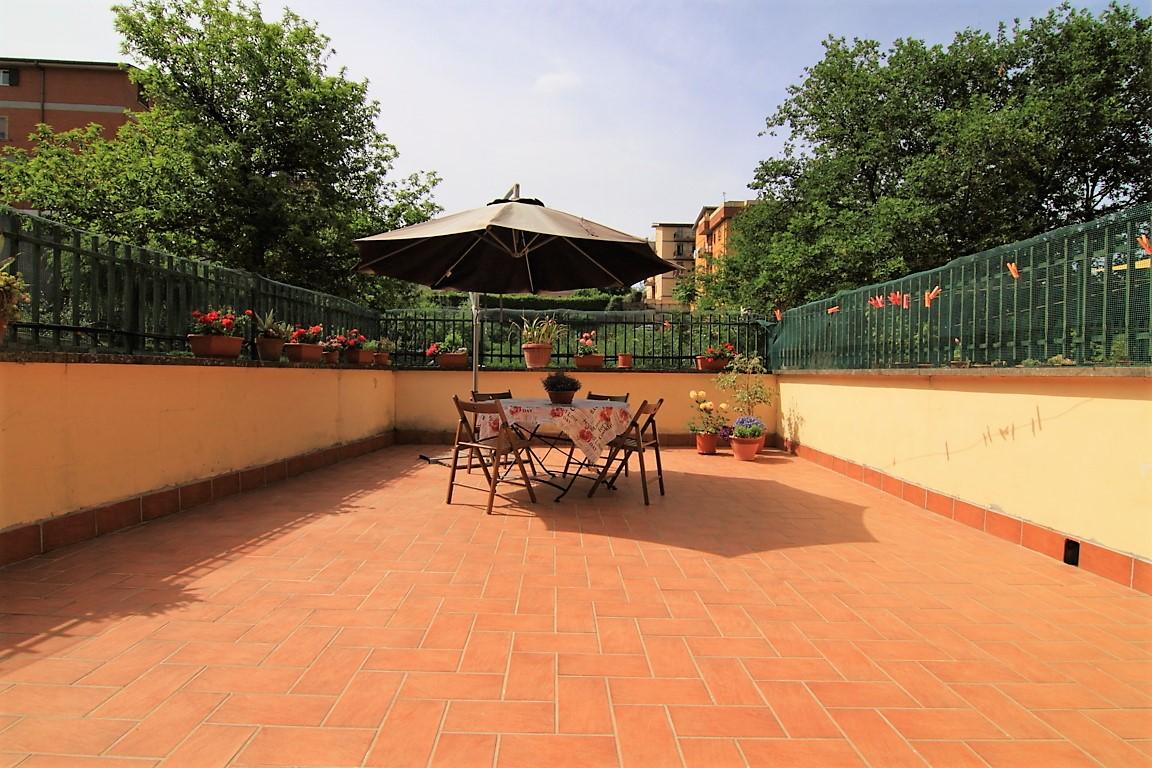 Appartamento in vendita a Morlupo, 3 locali, prezzo € 130.000 | CambioCasa.it