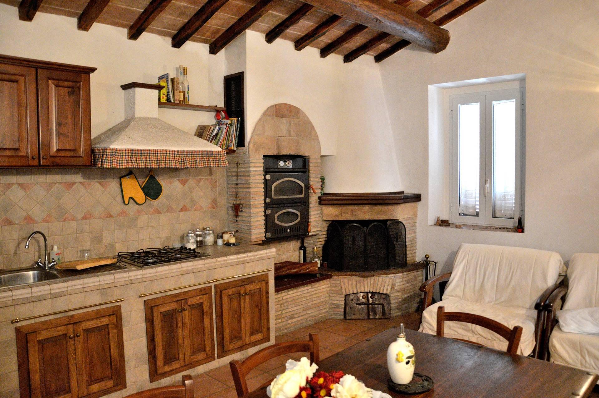 Rustico / Casale in vendita a Ferentillo, 3 locali, zona Zona: Terria, prezzo € 40.000 | CambioCasa.it
