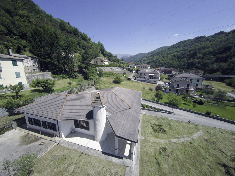 Villa in vendita a Mezzanego, 14 locali, zona Località: BorgonovoLigure, prezzo € 399.000   CambioCasa.it