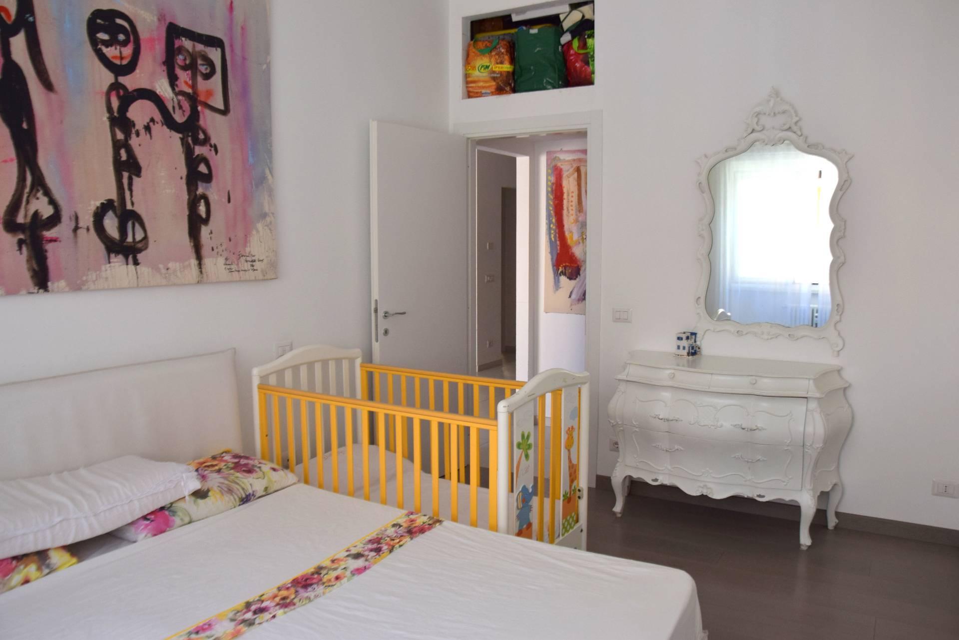 Cbi053 375 revoltella appartamento in vendita a roma for Appartamento new design roma lorenz