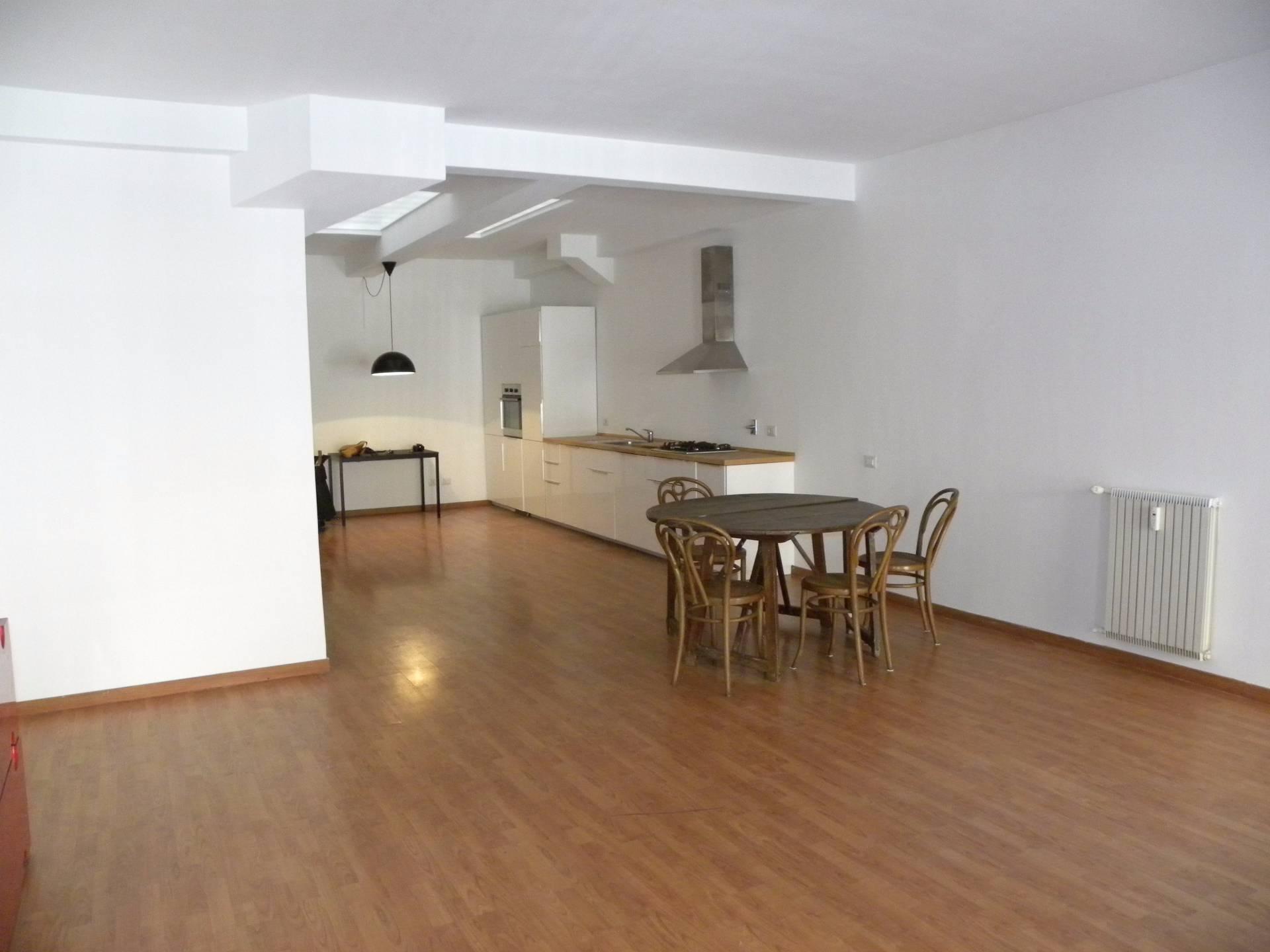 vendita appartamento roma testaccio  280000 euro  1 locali  73 mq