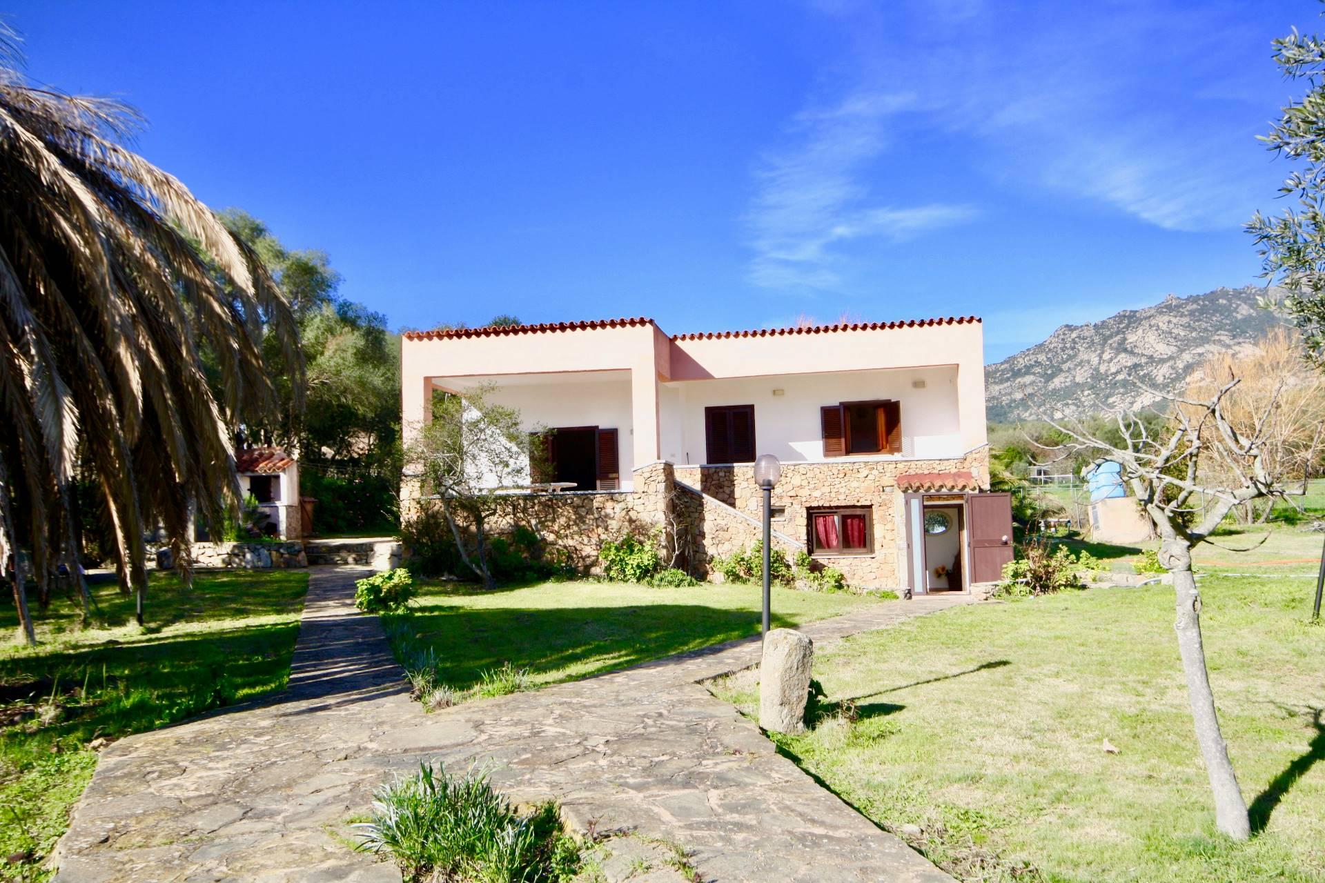 Foto - Villa In Vendita Olbia (ot)