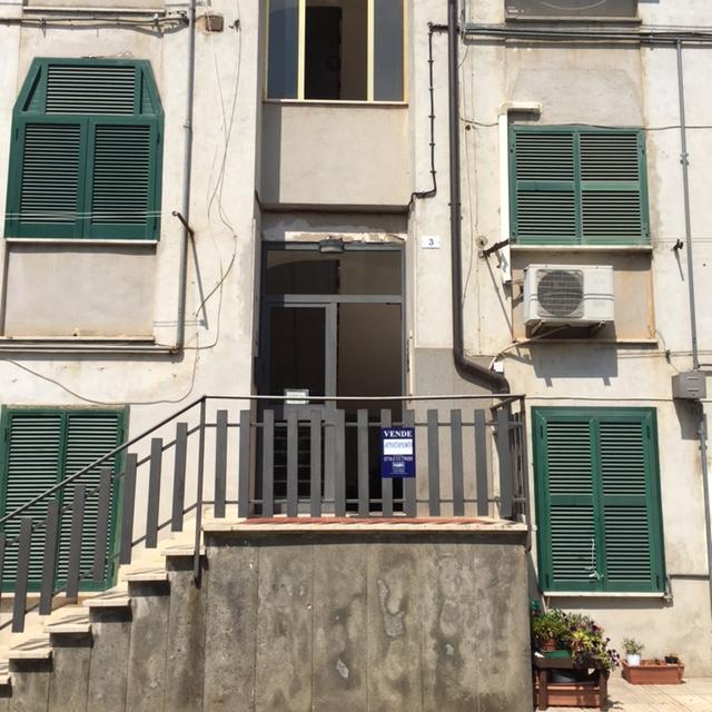 Appartamento in vendita a Civita Castellana, 4 locali, prezzo € 63.000 | CambioCasa.it