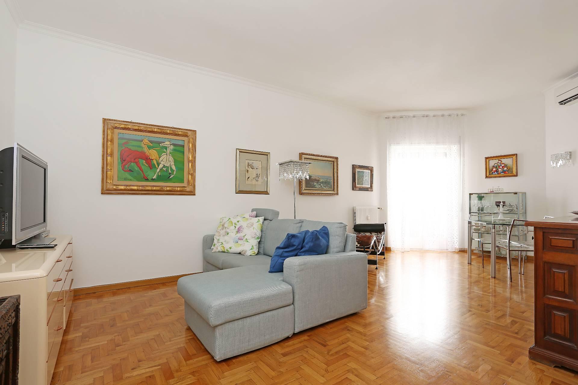 vendita appartamento roma trastevere  595000 euro  4 locali  130 mq