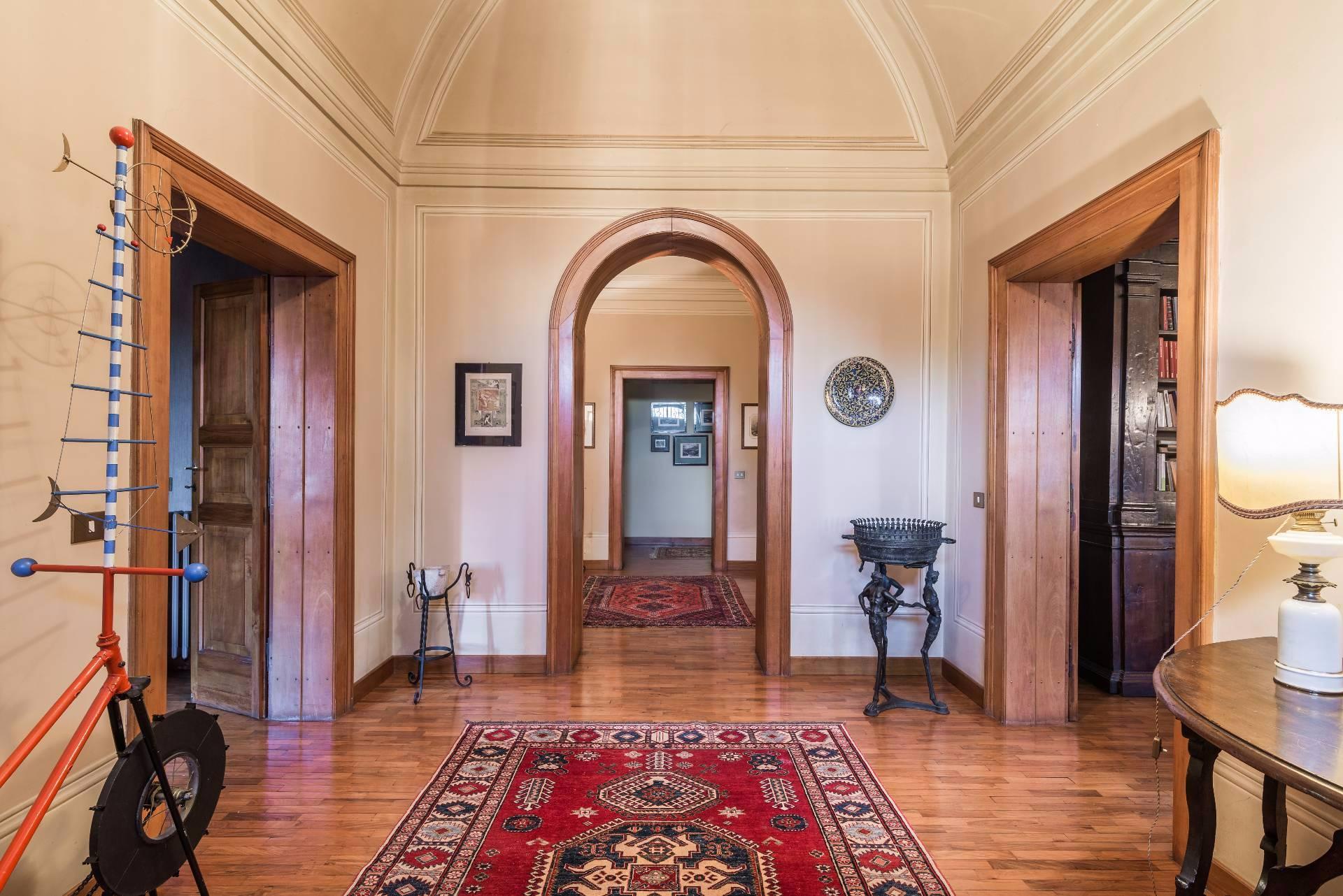 Cbi057 316 villa liberty foligno villa singola in for Affitto appartamento arredato foligno
