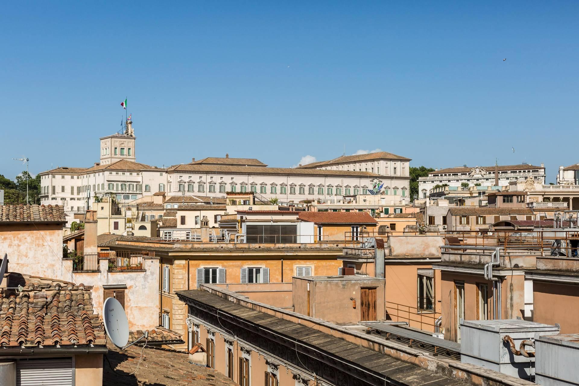 Cbi072 ex794 attico in vendita a roma centro storico for Vendita appartamenti centro storico roma