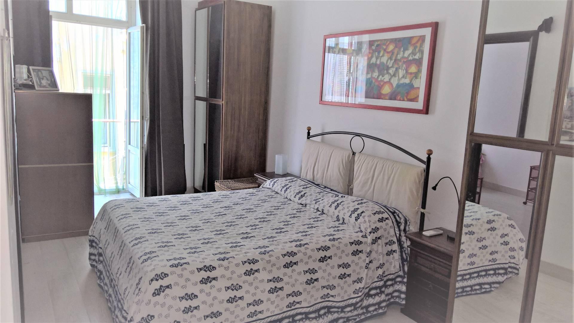 Appartamento in vendita a Gaeta, 4 locali, zona Località: Lungomarecaboto, prezzo € 200.000 | CambioCasa.it