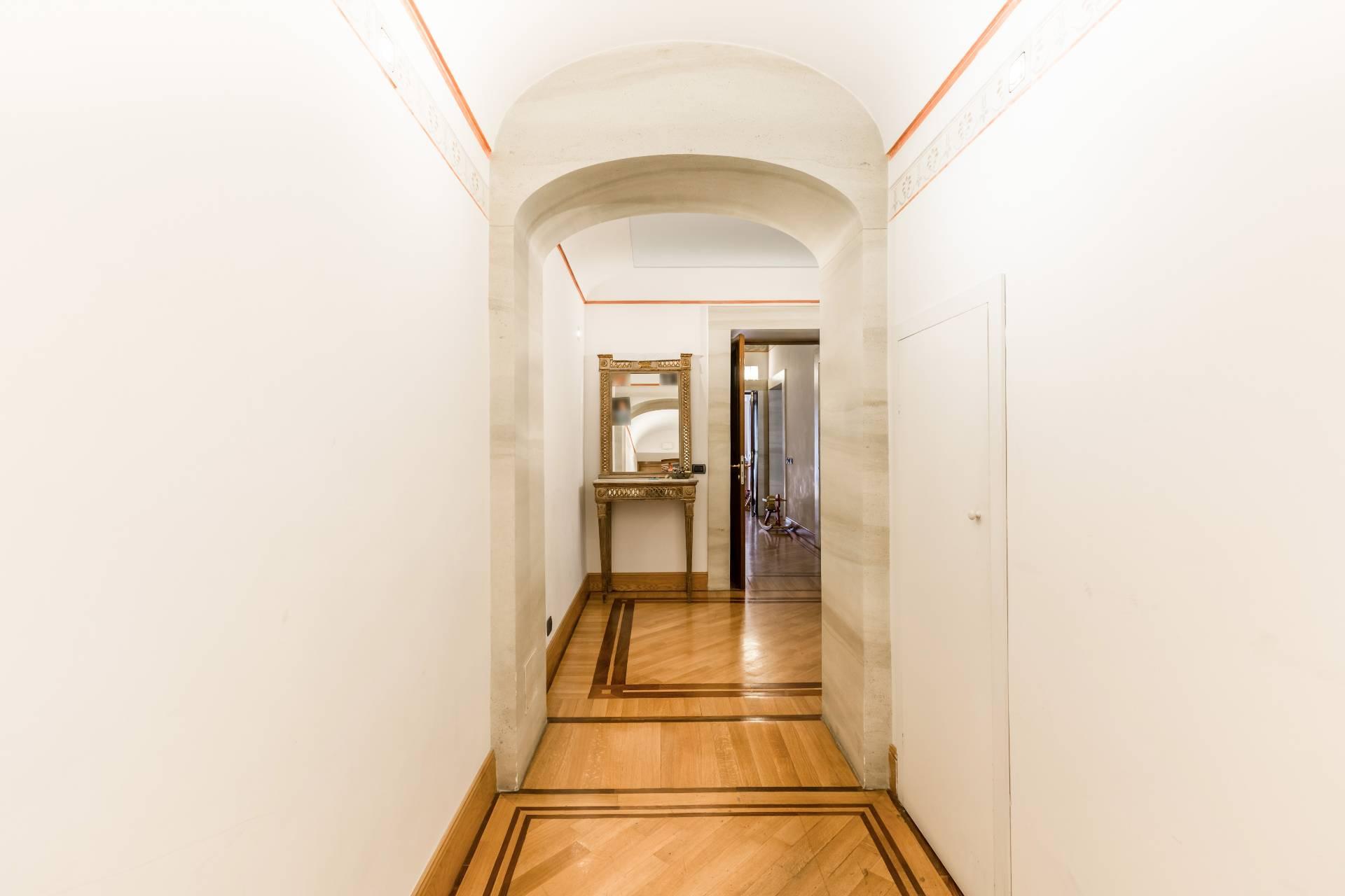 Cbi073 4555 appartamento in vendita a roma centro for Appartamento roma centro vendita