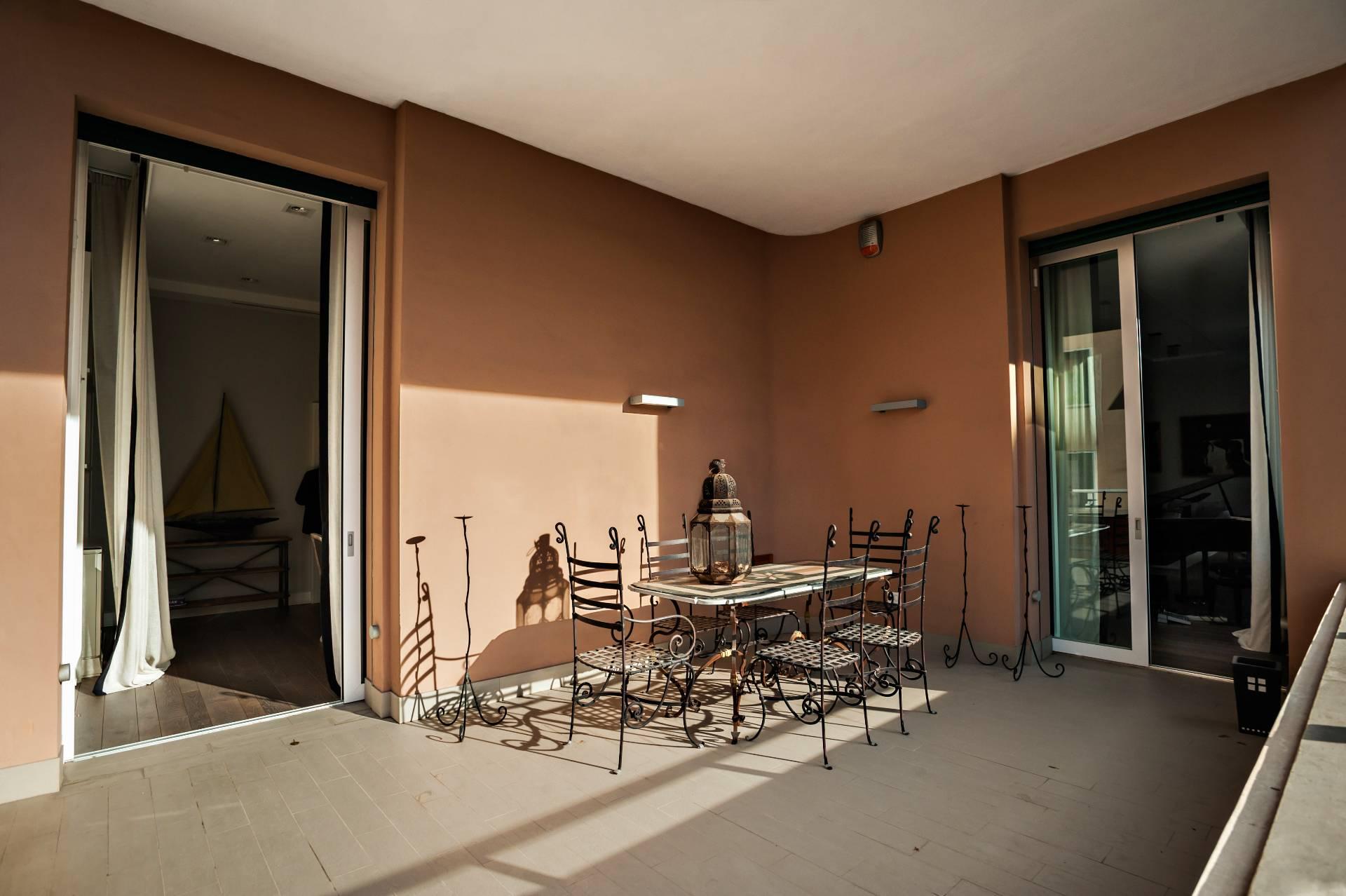 Cbi038 143 30101ab appartamento in vendita a roma for Appartamento new design roma lorenz