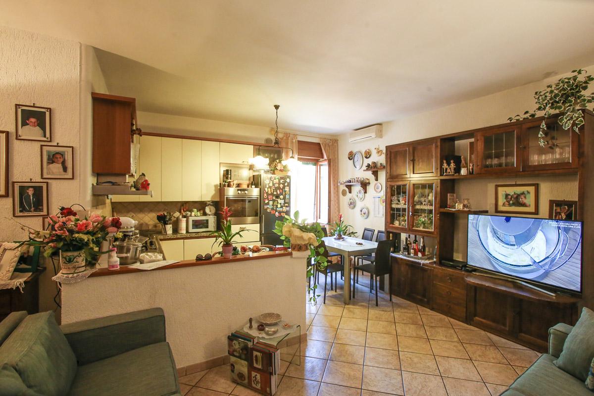 Attico / Mansarda in vendita a Monte Argentario, 6 locali, zona Località: PortoS.oStefano, prezzo € 270.000   PortaleAgenzieImmobiliari.it