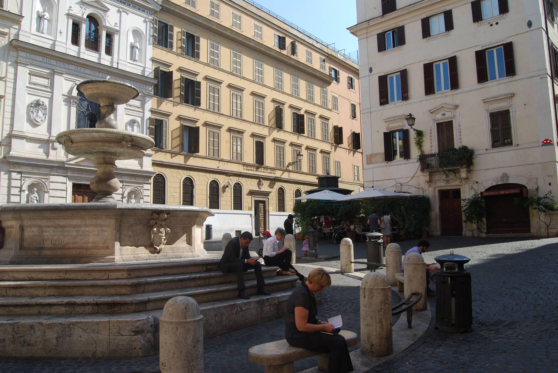 Cbi070 monti appartamento in vendita a roma centro for Vendita appartamenti centro storico roma