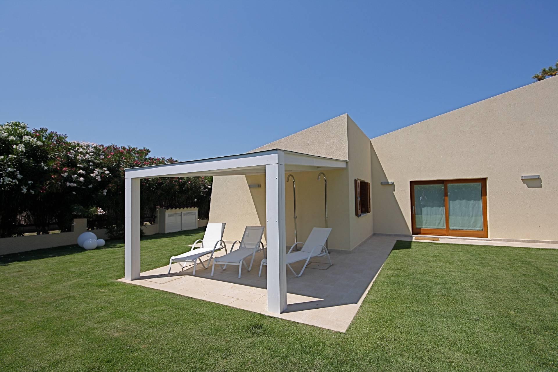 Cbi040 ed001ed villa singola in affitto a san teodoro for Case in affitto san teodoro