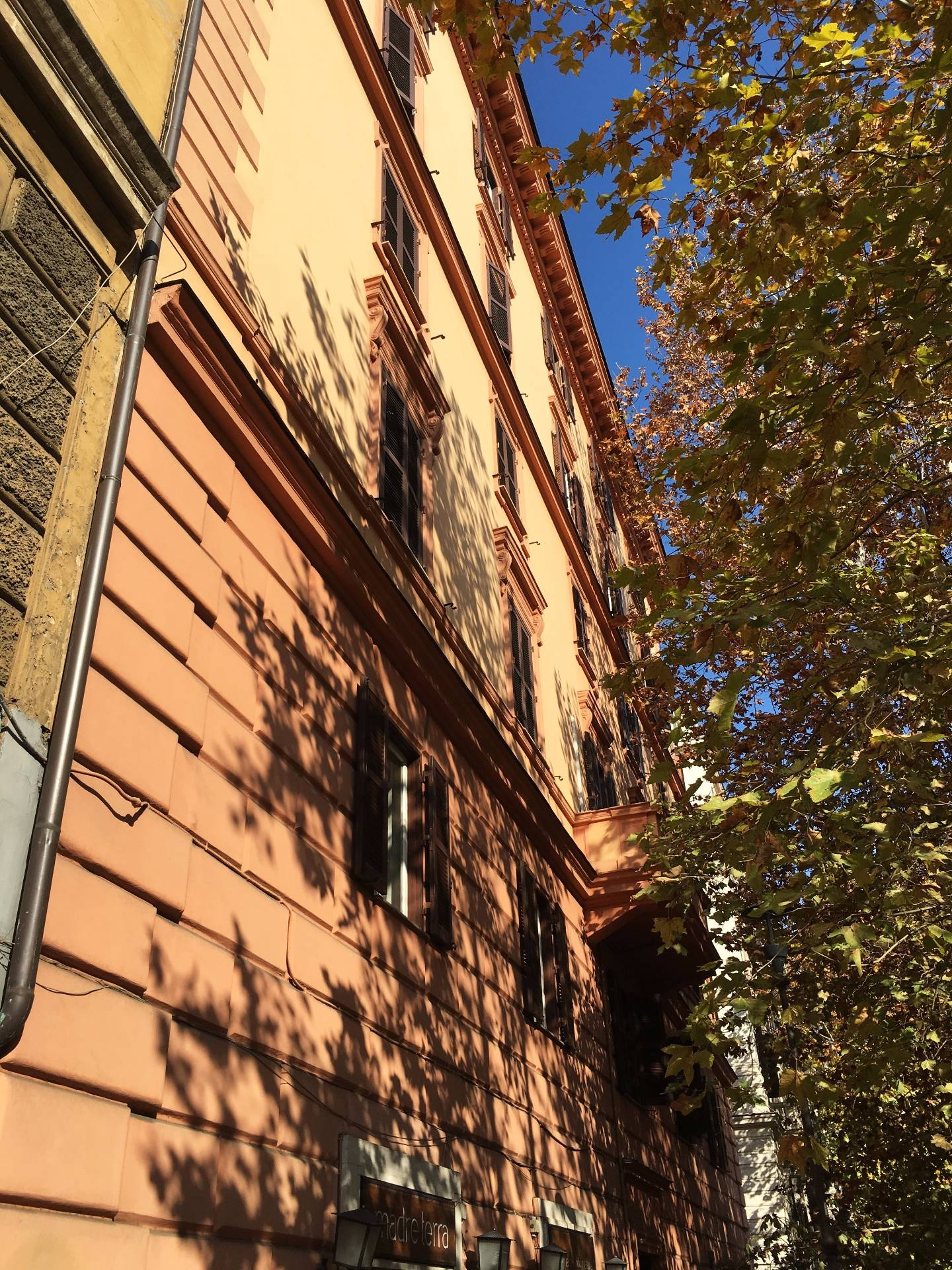Bilocale affitto roma zona nuovo salario prati fiscali for Affitto roma prati uso ufficio