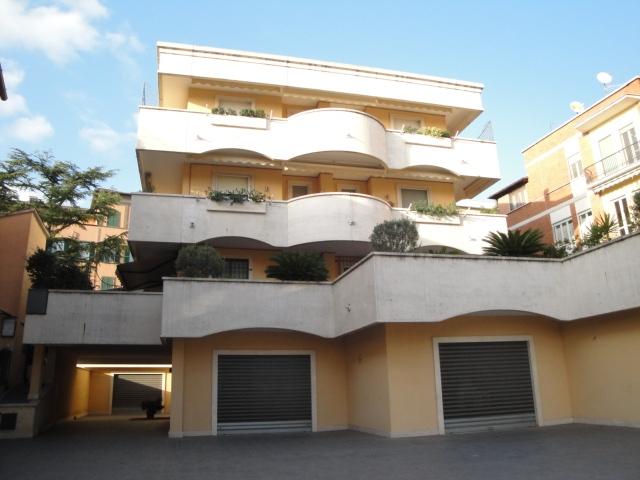 Box / Garage in vendita a Viterbo, 1 locali, zona Località: Paradiso, prezzo € 20.000   CambioCasa.it